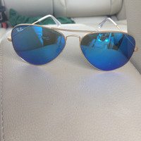 Rare authentic RayBan sunglasses aviator style