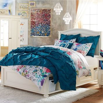 Chelsea Storage Bed Set