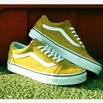 Fashion Online Vans With Warm Casual Shoes Men And Women Classic Black Cloth Shoes Yellow(white Line)