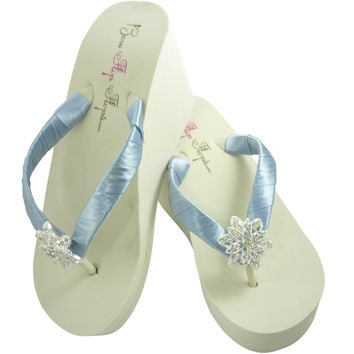 Williamsburg Blue Vintage Flower Wedding Wedged Flip Flops