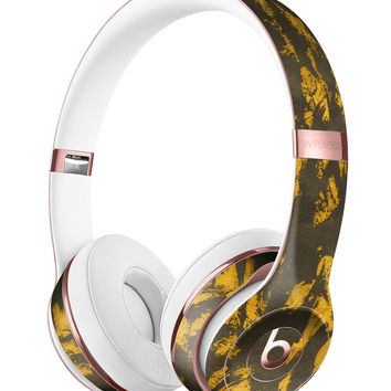 Scratched Dark Gray and Gold Dust Full-Body Skin Kit for the Beats by Dre Solo 3 Wireless Headphones