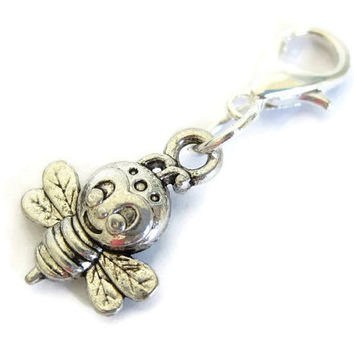Knitting Progress Keeper | Knitting Project Bag Zipper Pull | Crochet Stitch Marker | Removable Stitchmarker | Silly Bee Charm (P042)