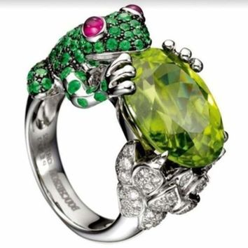 Fashion Vintage Green Cubic Zircon Frog Crystal Finger Rings For Women Personality Silver Color Animal Wedding rings Jewelry