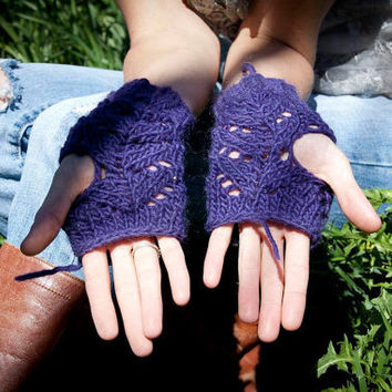 purple lace finger less gloves