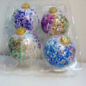 "2 5/8"" Glass Christmas Tree Ornament Hand Painted. Hydrangea Garden Style. Holiday Hostess, Teacher Gift"