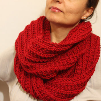 FREE SHIPPING Chunky Knit Circle Scarf. Infinity Scarf / Snood / Red / Hand Knitted Chunky Scarf / Oversized Knit Scarf / Loop