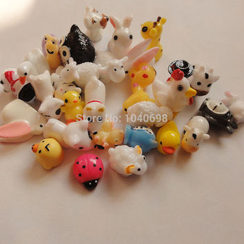30pcs. sheep/Snowman/duck/owl/rabbit/dog/deer mix solid animal Toy Resin Christmas Children Gift Home Decoration Crafts