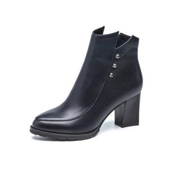 Leather high square heeled round toe Boots