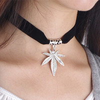 Stylish Gift New Arrival Shiny Jewelry Accessory Punk Simple Design Strong Character Metal Leaf Chain Necklace [7271814599]