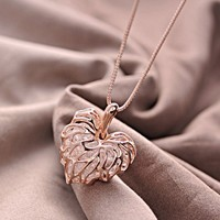 Hollow Blonde Rhinestone Love Foliage Necklace