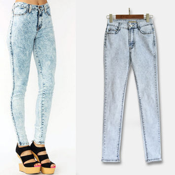 White Snowflake Design High-Waist Jeans
