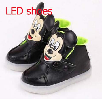 Children Shoes Girls Led Shoes Cartoon kds tenis baby trainer  Sneakers With Light Led Emitting Lights Up Casual Shoes