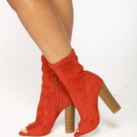 Step Off Suede Bootie - Cinnamon