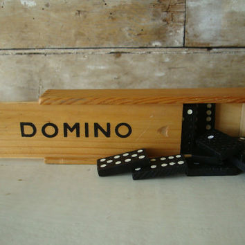 Vintage Domino Wooden Dovetailed Game Set with Instructions