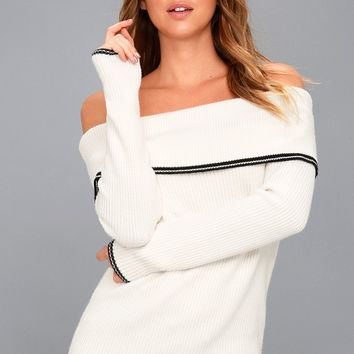 Bobsleigh White Off-the-Shoulder Sweater