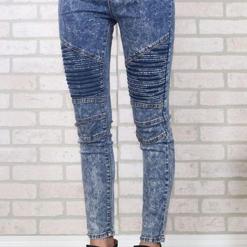 PEAPVA6 Light Wash Moto Jeggings