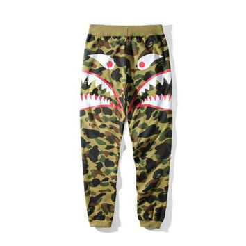 Autumn Winter New Men's Camouflage Shark Mouth Printing Casual Pants Men Women Loose Camouflage Long Pants