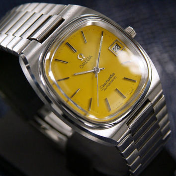 1970's Vintage Automatic #Omega #Seamaster Sports #Watch with Date function and #Yellow face Dial.