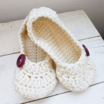 Crochet slippers, house slippers, women's slippers, ballet slippers, crochet slippers white, women's accessories, ready to ship, handmade