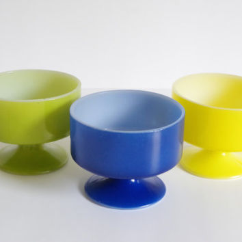 vintage dessert cups // set of sherbet cups // glass ice cream cups // pedestal cups // blue green yellow cups // 1960s federal glass dish