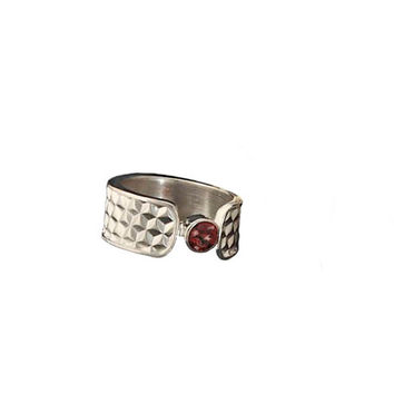 Wide Silver Birthstone Ring with Garnet in Honeycomb texture and bezel setting.  Honey Bee Jewelry, Silver Ring, Birthstone Ring