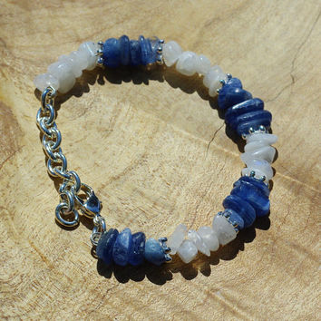 Moonstone and Kyanite Stone Bracelet ~ Natural Stones ~ Ice Blue Semi Precious Stones ~ Iridescent ~ Healing Stones ~ Blue and White