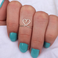 Silver Heart Ring//Heart Shaped Ring//Midi Ring//Knuckle Ring//College Student Gift//Non-tarnish Heart Ring//Heart Shaped Midi Ring