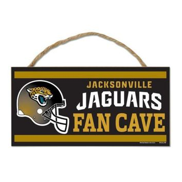 DCCKG8Q NFL Jacksonville Jaguars Fan Cave Wood Sign with Rope