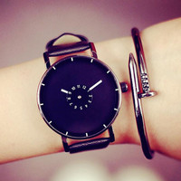 Unisex Leather Strap Minimalist Creative Classic Luxury Brand Fashion Casual wristwatches Men relogio Newly Design Quartz watch