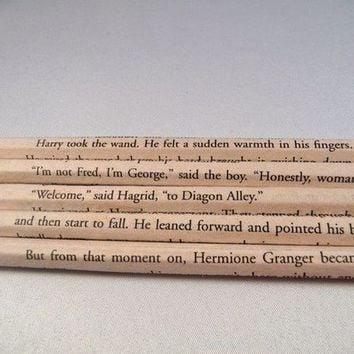 Harry Potter Book Page Pencil Set by bouncingballcreation on Etsy