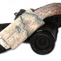 World Map Camera Strap with pocket. Photo camera Accessories. SLR, DSLR Camera Strap. Gift For Photographer. Camera Accessories