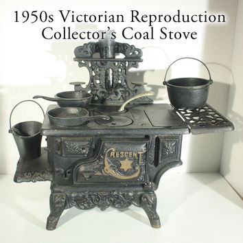 Cast Iron Crescent Coal Stove Collectors Child Toy Sample Victorian