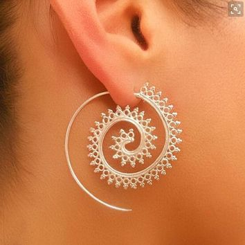 DIEZI Vintage Women Brass Tribal Indian Style Spiral Earrings  Ear Tunnel Piercing Jewelry Gold Alloy Gothic Punk Earrings