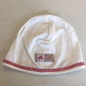 ESBONC. ADIDAS INFANT WHITE PULLOVER KNIT HAT SHIPPING