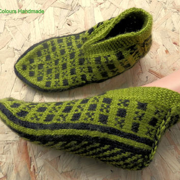 Turkish Anatolian hand knitted women's pistachio green colour warm slippers, slipper socks, house socks.