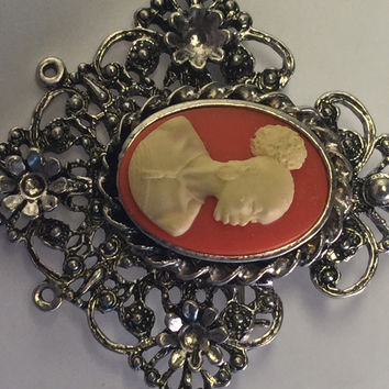 Vintage Orange Cameo BROOCHES AND PINS/Free Shipping