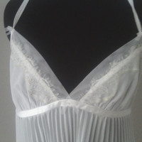 Vintage Betsy Johnson /price reduced!!  short babydoll pajama from the 80's. Vintage. White. Pleated. Size large.