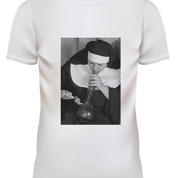Unisex Nun Smoking Bong Pop Punk Rock White T Shirt Size S M L XL