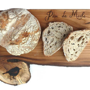 Personalized bread board, plank, wooden cutting board, cheese plank, handmade to order, customized woodworking natural kitchen accessoire