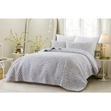 3PC GEOMETRIC MODERN ALL SEASON SUPER SOFT OVERSIZED QUILT SET - GRAY - STYLE 1058