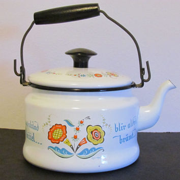 Enamel Tea Kettle Tea Pot Swedish Norwegian Folk Art Kittel
