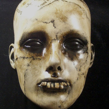 HALLOWEEN Prop Creepy Morbid Wall Sconce Head Dark Circus Horror Wall Mount Or Table Top Vintage Lifesize Relic Detroit Artist/L.Cerrito