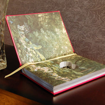 Hollow Book Safe with Heart (Grimm's Fairy Tales Leatherbound)