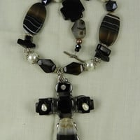 Chunky  Necklace Handmade Rhinestone Black Agate Cross   Necklace