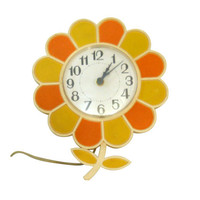 Flower Clock Mod Clock Retro Clock Wall Clock Hanging Clock Daisy Decor Orange Decor Yellow Decor Daisy Decor 70s Decor