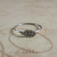 Rustic Leaf Ring, Oxidized 925 Sterling Silver Leaf Ring, Everyday Jewelry