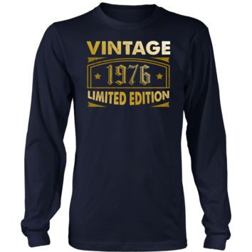 Men's Vintage 1976 42 Year Old Birthday Gift Long Sleeve T-Shirt
