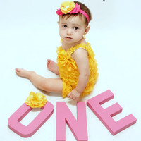 Yellow Romper, Cake Smash Outfit Girls, Baby Girl 1st Birthday Outfit, Infant Lace Romper, Lace Baby Romper, Toddler Romper, Easter Romper