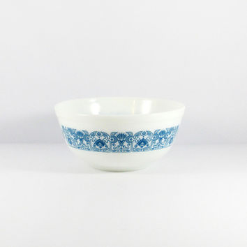 Vintage Mid-Century Horizon Blue Pyrex 2.5 QT Mixing Bowl, 403, Art Deco Kitchen