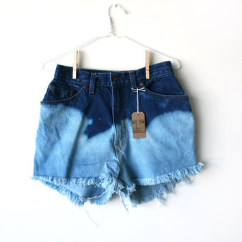Waist 295 Ombre High Waisted Levi Shorts by thedaisies on Etsy